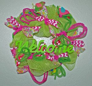 small wreath green pink TNbeader